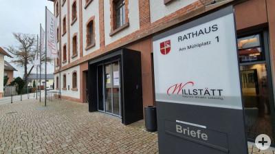 Eingang Rathaus Willstätt