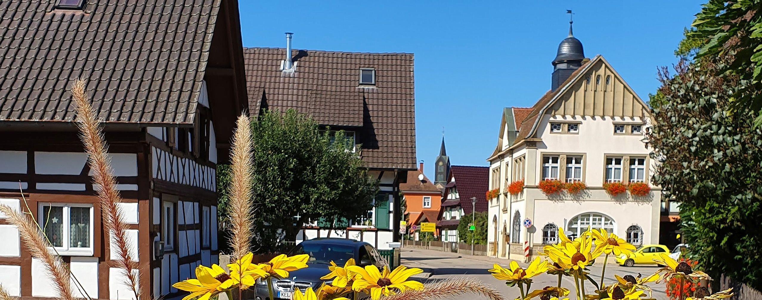 Blick auf Rathaus Hesselhurst in der Ortenautsraße