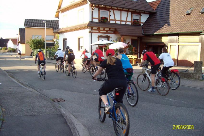 Start 20 km Radfahren zum Sportabzeichen
